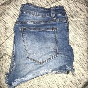 KanCan distressed shorts